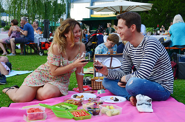 picknick im park am 22 juli 2017 im luisenpark in mannheim regio kult veranstaltungen. Black Bedroom Furniture Sets. Home Design Ideas
